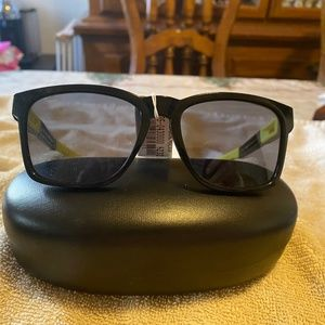 Oakley Black/Yellow Square Catalyst 00872 NWT